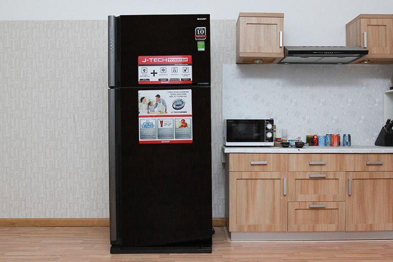 Tủ lạnh Sharp Inverter 613 lít SJ-XP595PG-BK