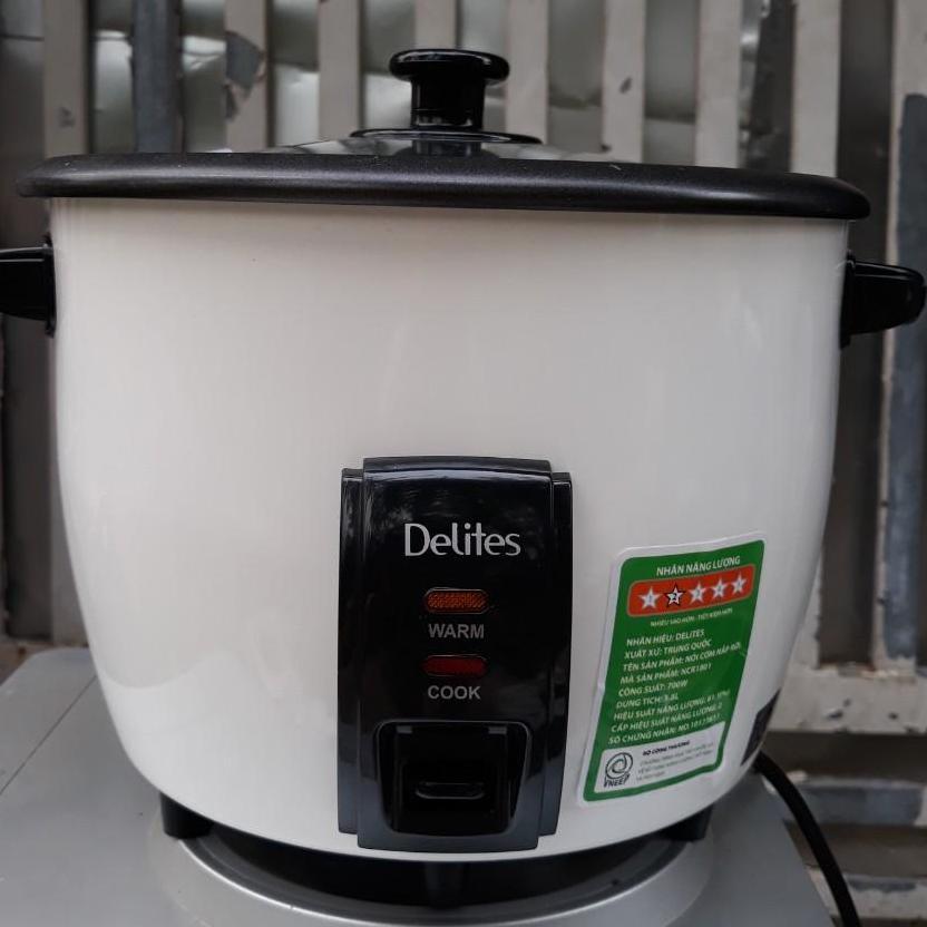 Nồi cơm điện Delites 1.8 lít NCR1801